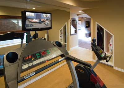 Home gym flat screen