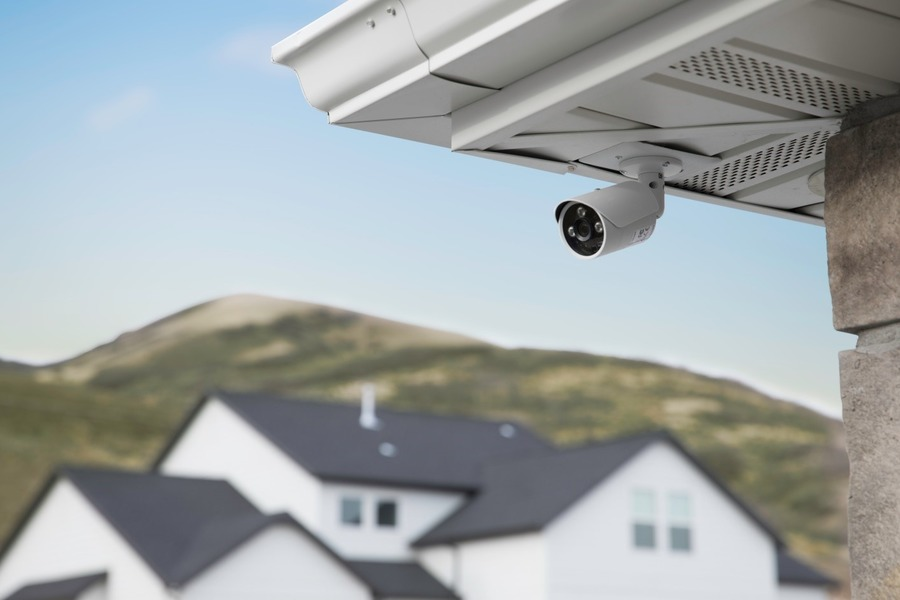 WHAT MAKES SMART SECURITY CAMERAS SO SMART?