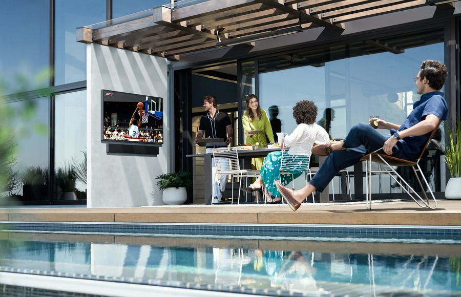 How the Samsung Terrace Brings High-Quality Entertainment Outdoors